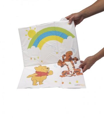 Cestovná detská prebaľovacia podložka v bielej farbe s motívom Medvedíka Pú - 58x40x0,5 cm